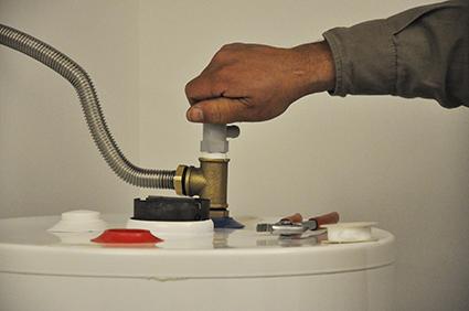 Kit para instalaci n de termotanques dinatecnica for Valvula de seguridad termo electrico